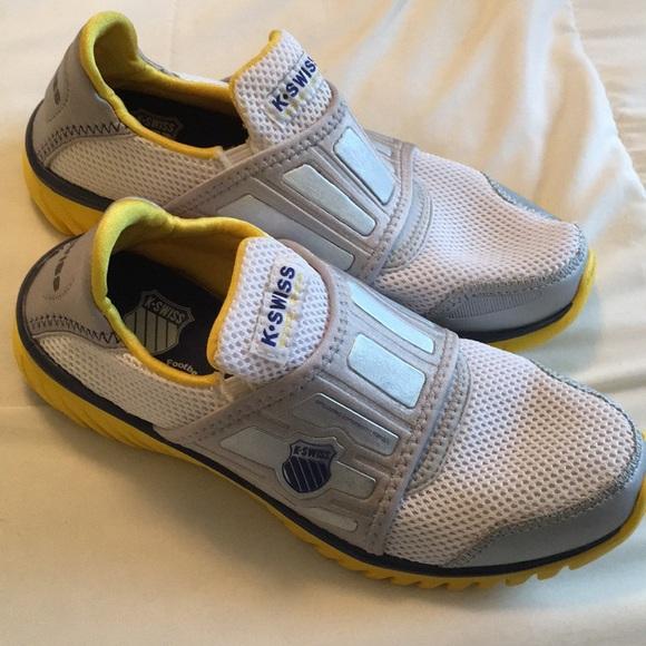 ec62d204fe3fc K-SWISS Women's Blade-light Recovery Shoes